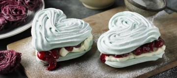 Meringue.Love.Hearts