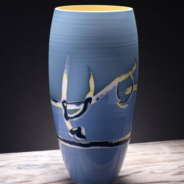 coast-series-1-curved-vase-1