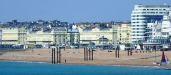 Buildings_of_Brighton_and_Hove_Seafront_.Norfolk_Hotel_to_Adelaide_Crescent._.April_2013.000 (1)
